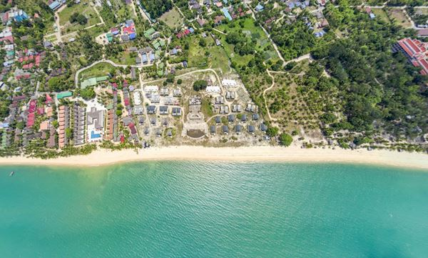 ขายที่ดินติดทะเลเกาะสมุย สุราษฎร์ธานี 4 ไร่ 2 งาน 40 ตรว. มีโฉนด